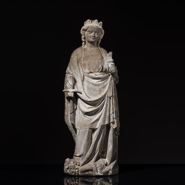 Sainte Catherine d'Alexandrie en pierre, calcaire sculptée en ronde-bosse avec[...]