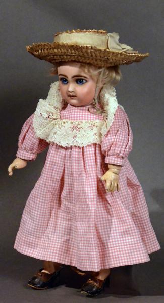 Beau bébé Jumeau non marqué tête en biscuit bouche fermée, 35 cm, calotte[...]