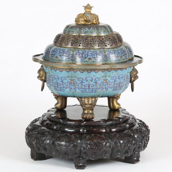 CHINE, EPOQUE QIANLONG (1736-1795)  - Grand brûle-parfum polylobé, en bronze doré[...]