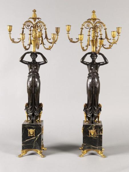 Paire de candélabres en bronze patiné et doré et marbre vert de...