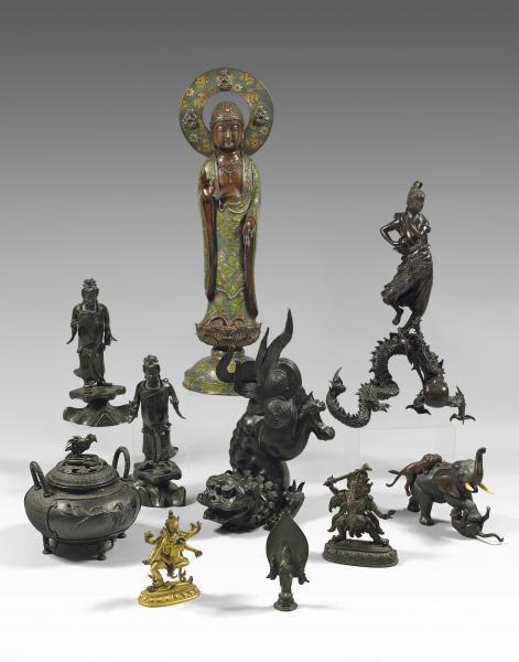 TIBET - XVIIIème/XIXème siècle.  - Statuette de Hayagriva en bronze à patine[...]