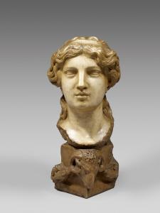 * Buste de femme à l'Antique en marbre blanc sculpté. XIXème siècle.  Monté[...]